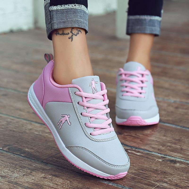 狄威 乔丹女鞋春季皮面运动鞋女透气休闲鞋平底板鞋学生跑步鞋361