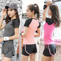 Yoga sports suit female professional fitness clothes gym spring and summer Korea running two-piece short-sleeved shorts outdoor
