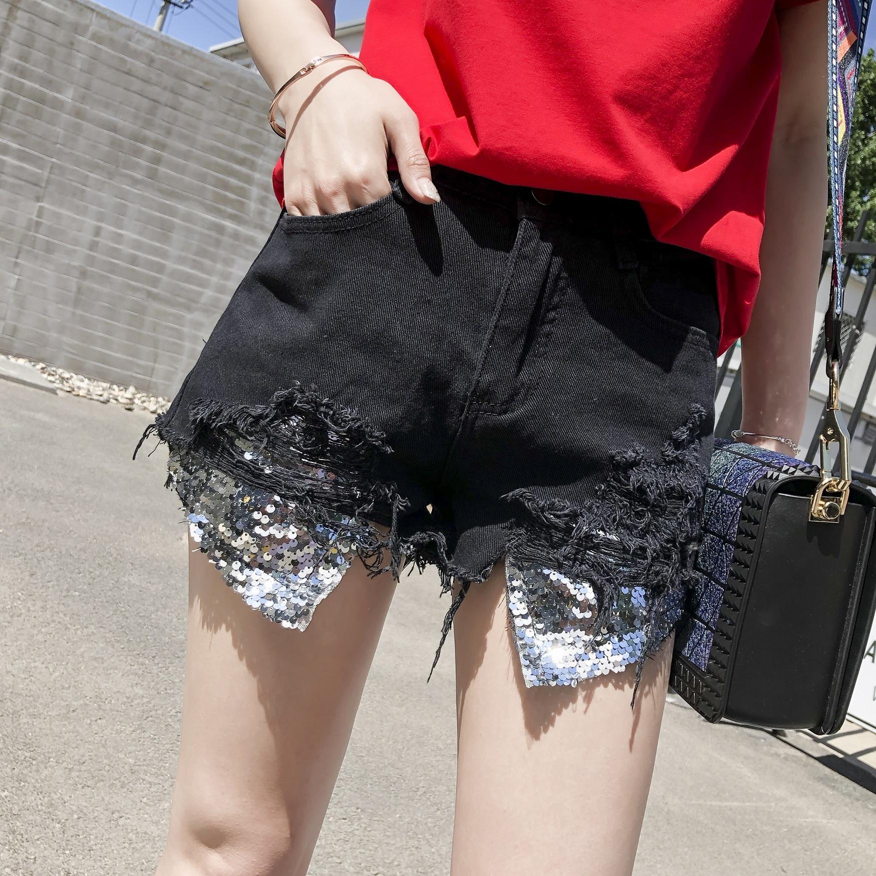 牛子仔短裤女