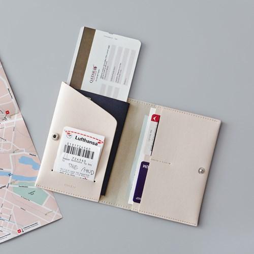 韩国 简约气质仿皮短款护照夹时尚男女旅行证件包护照包