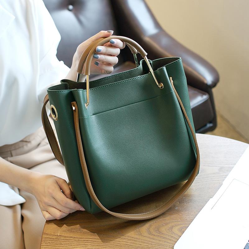 新款女包水桶包潮韩版简约百搭斜挎包手提包单肩包大包2018包包女