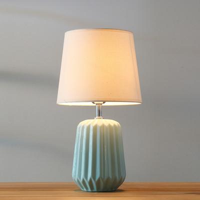 北欧台灯卧室床头 简约现代创意浪漫温馨可调光陶瓷装饰床头灯哪款好
