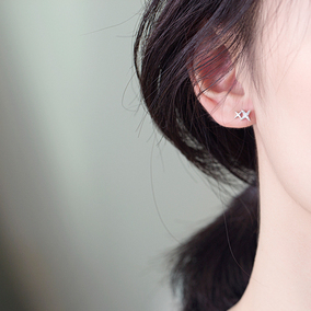 云蓓睡觉不用摘的耳钉星星纯银耳环女韩国简约气质个性迷你耳饰品