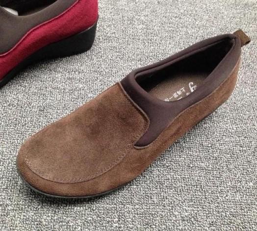 软底平跟女单鞋磨砂皮