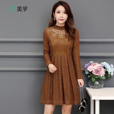 秋季女长袖2018新款韩版鹿皮绒拼接蕾丝连衣裙女人味衣服气质秋裙