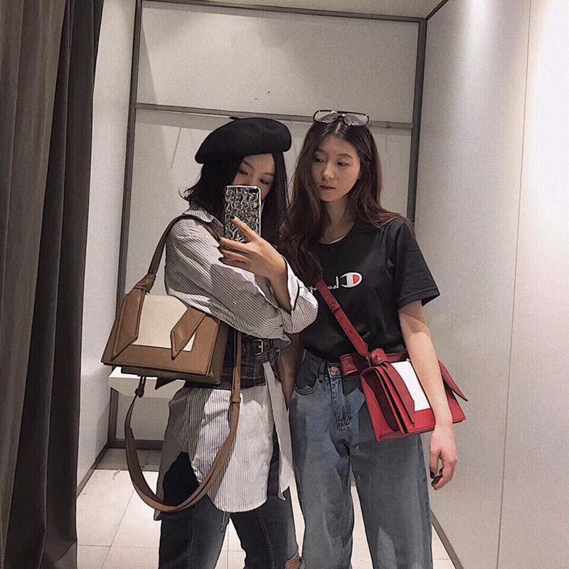 新加坡2019新款小 CK02-508798女包兔耳朵包拼色手提单肩斜挎包女图片
