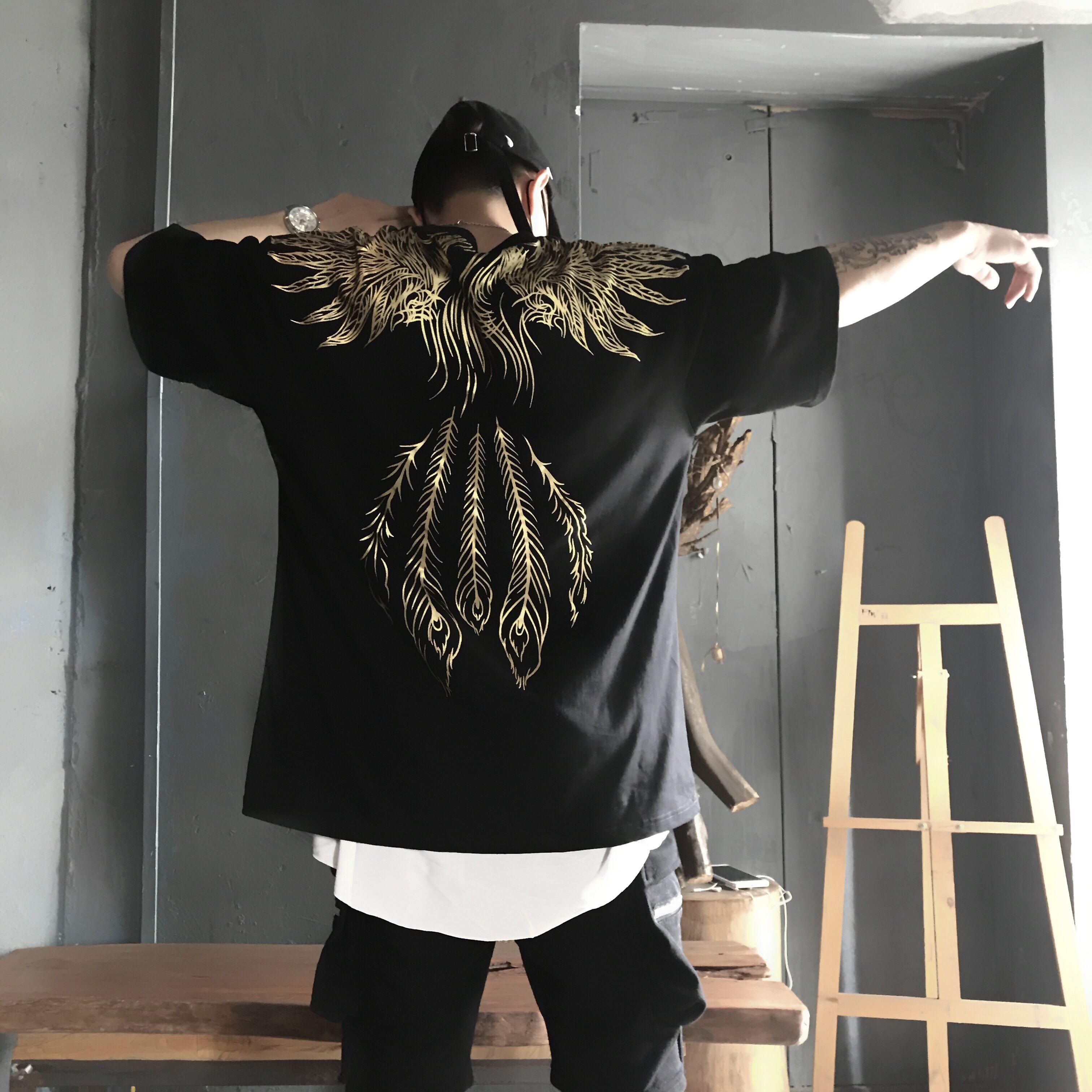 男翅膀短袖t恤