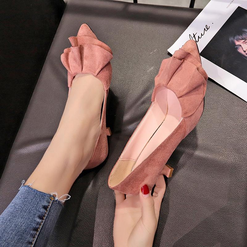 绒面细跟鞋