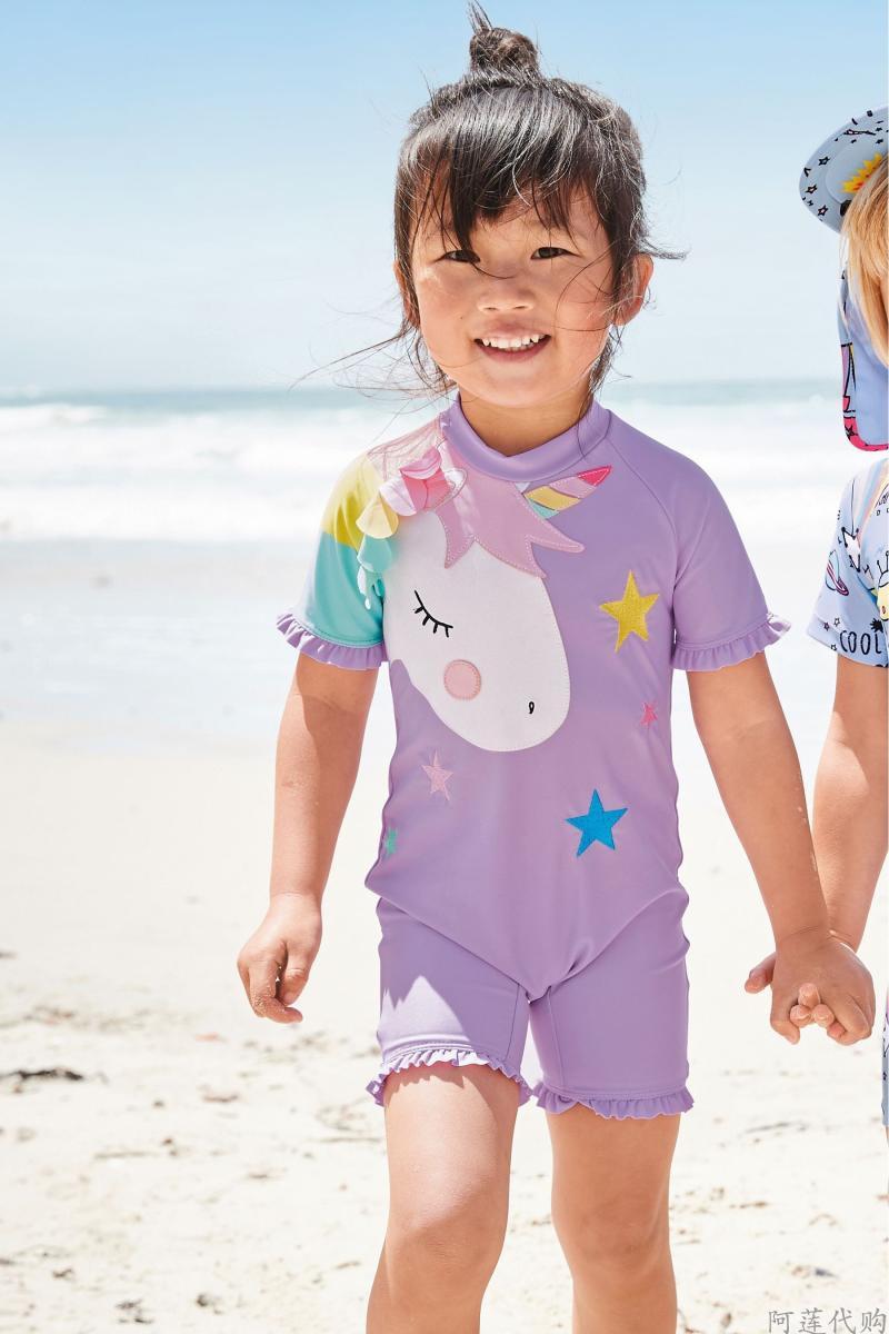 现货1-7英国NEXT正品19夏女宝女童防晒速干紫色独角兽连体衣泳衣