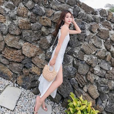 抖音网红新款海边度假吊带露背沙滩裙波西米亚挂脖裙蕾丝连衣裙仙