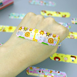 Cartoon band-aid girl girl cute Korean children breathable waterproof hemostatic wounds medical ok stretch 120 tablets