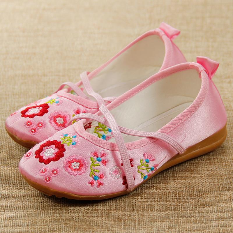 儿童绣花鞋 女童民族风老北京布鞋 中国风舞蹈演出童鞋牛筋底