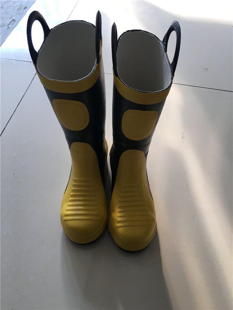02新款消防员带钢板灭火防护靴 消防靴阻燃防火防刺胶鞋 胶靴