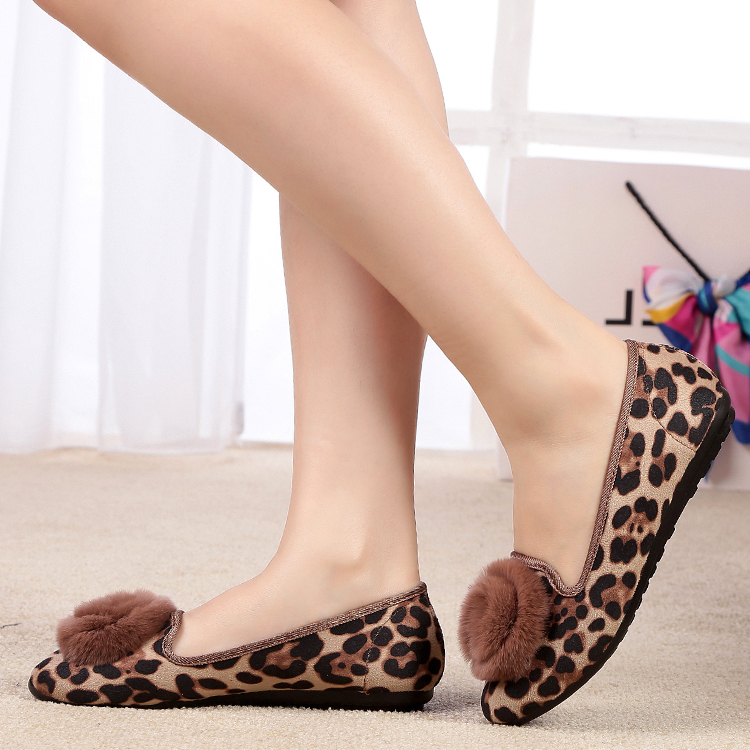 时尚豹纹女鞋