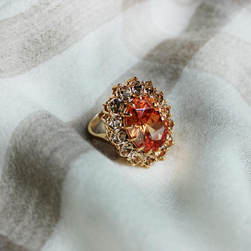 日韩夸张潮个性祖母绿奢华蓝水晶百搭镀18K金仿红宝石食指戒指女