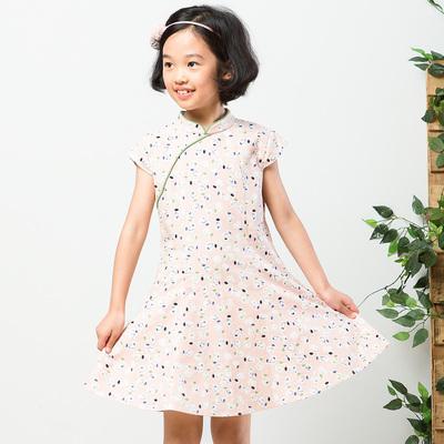 布景童装2018夏季新品短袖连衣裙棉质舒适碎花民族风裙子女童