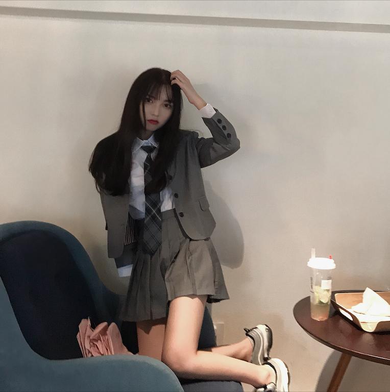 2019早春套装韩版chic复古学院风领带衬衫西装外套+百褶半身裙女