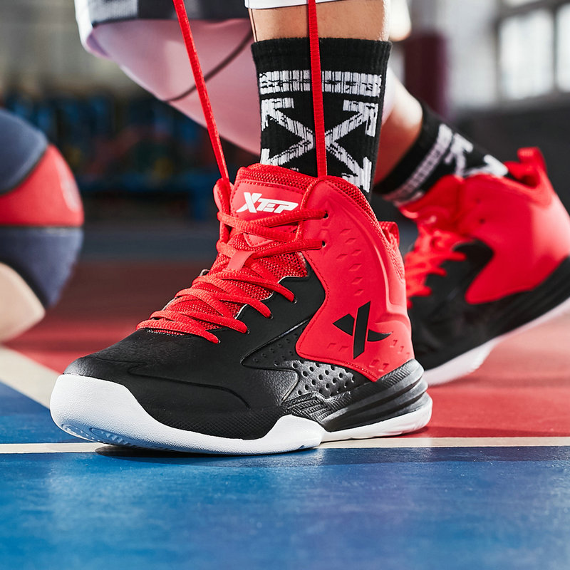 特步篮球鞋男鞋正品减震耐磨抗冲击运动鞋学生鞋子防滑高帮球鞋