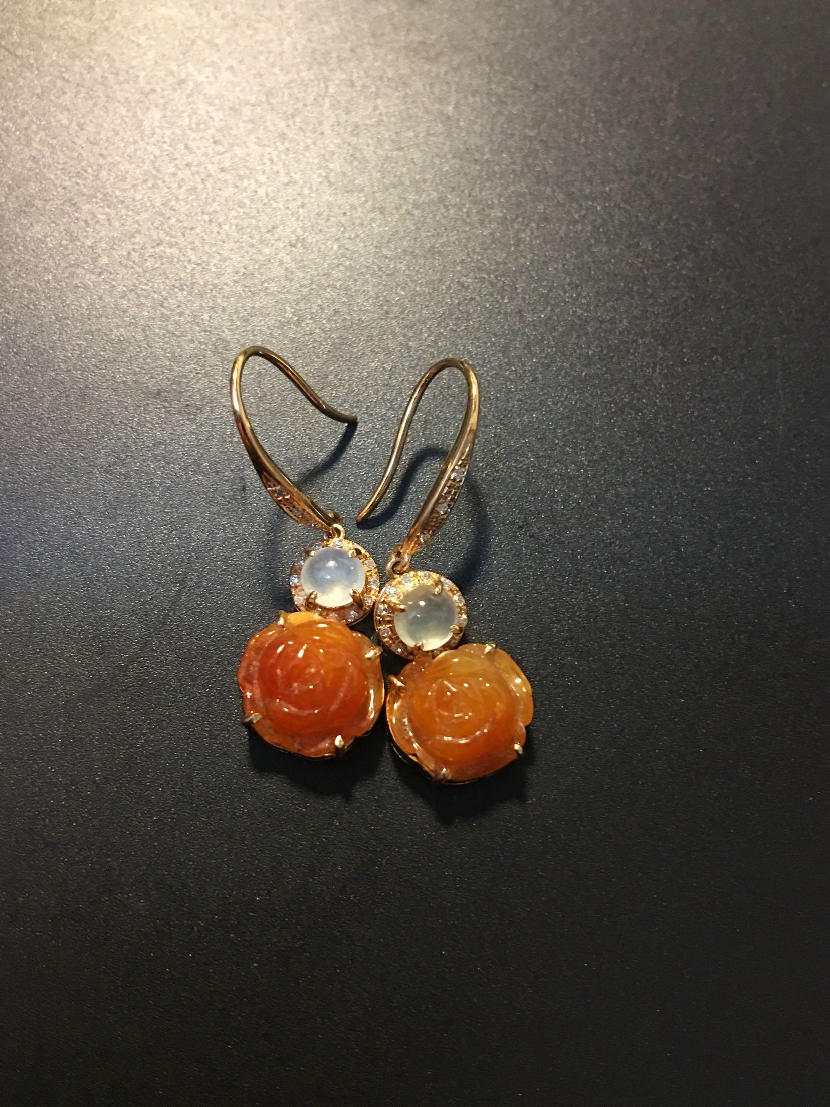 翡翠 耳环 镶嵌 蛋