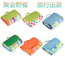 Camping moistureproof mattress with picnic cloth pad Thickening outdoor lawn Portable outdoor autumn picnic mattress