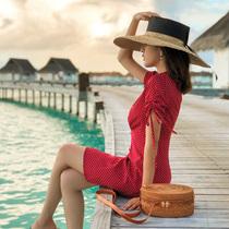 2018新款夏季女沙滩裙子海边度假雪纺V领高腰红色复古波点连衣裙