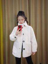 Anti-season Granular Cashmere Coat for Long and Medium-length Female Students with Loose and Thicker Fur