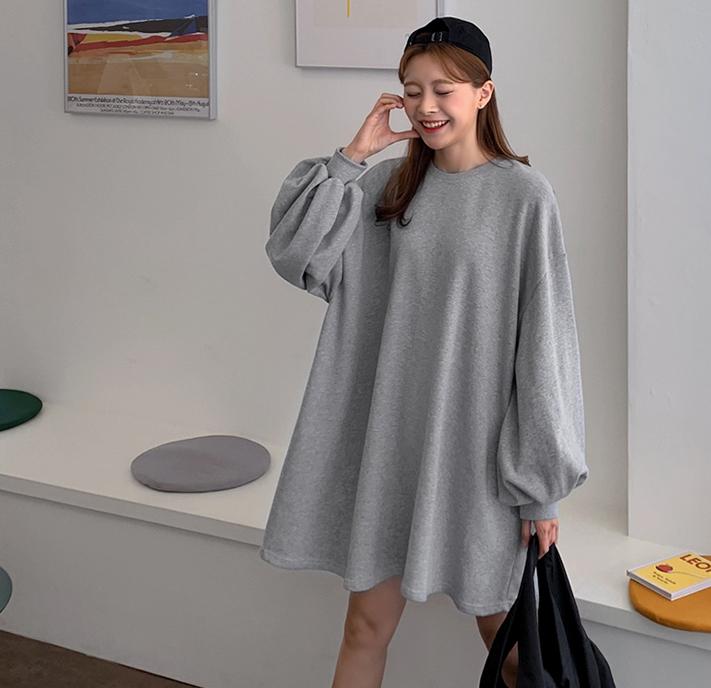 韩国大码秋装2019大码蝙蝠袖超肥纯色灯笼袖套头长袖连衣裙122