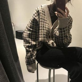 2017秋冬季复古简约V领千鸟格子混搭针织开衫女韩国短款毛衣外套