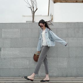 #随便卖卖#真的很简约的高腰裤 前面是空空的零设计 所以很显瘦