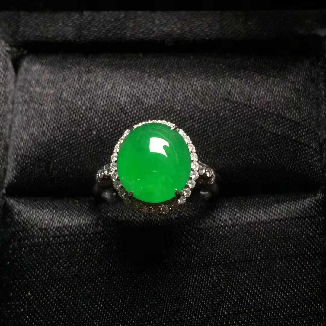 玻璃种翡翠18k戒指