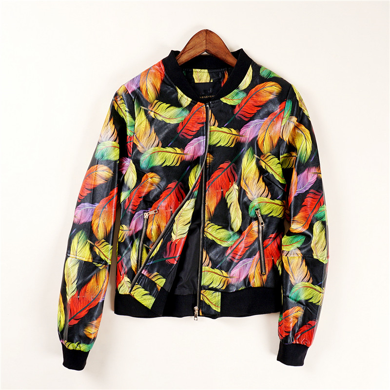 38295 European station autumn new feather print PU leather casual clip