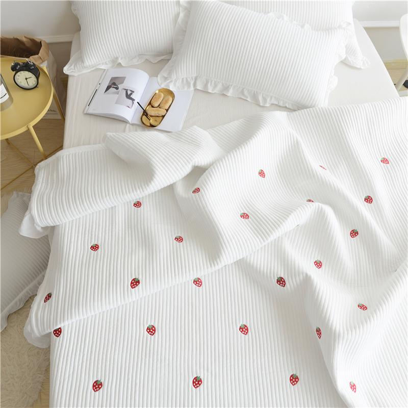 绣花绗缝被床盖件套