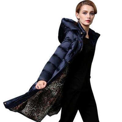 欧洲站高端奢华大牌修身收腰加厚2018新款中长款羽绒服女过膝冬装