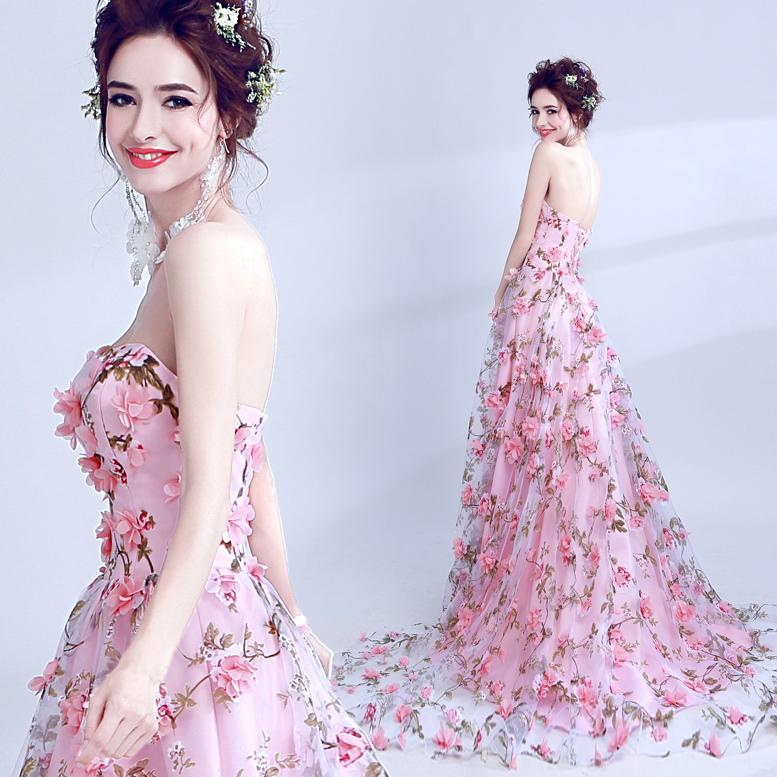 花朵结婚礼服