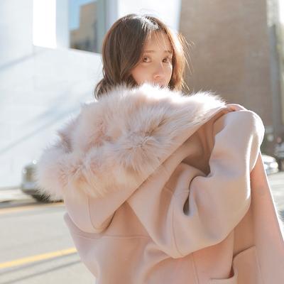 小鹿要飞粉色可拆卸大毛领毛呢外套女中长款宽松连帽羊毛呢子大衣