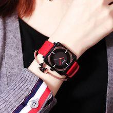 女表时尚潮流女士防水皮带手表女学生韩版简约休闲大气运动大表盘
