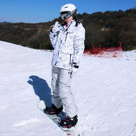 2018年新款滑雪服套装男女情侣款单板双板滑雪衣裤防水加厚保暖图片