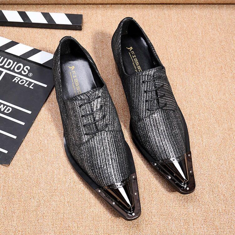 真牛皮灰色鞋子