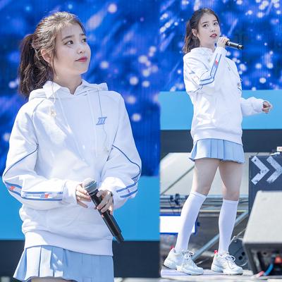 IU李知恩明星同款韩版白色拉条织带字母印花宽松口袋连帽长袖卫衣