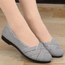 女款 软底中年平跟妈妈鞋 子平底舒适工作单鞋 夏2018新款 老北京布鞋