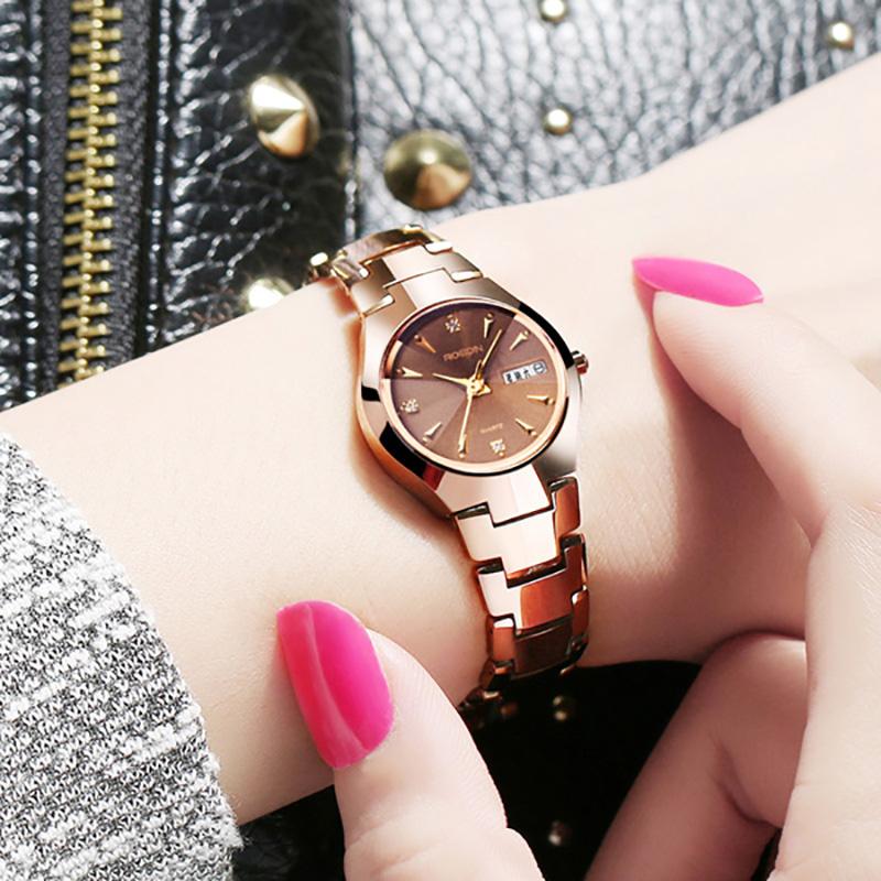 双日历钨钢手表