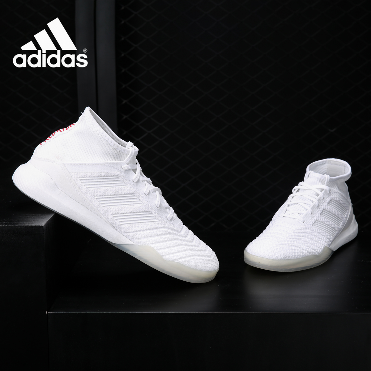 Adidas/阿迪达斯正品 Predator 18.3 IN猎鹰街头休闲足球鞋CM7703