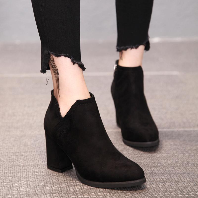 磨砂皮短靴女侧拉链及裸靴