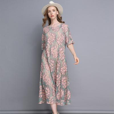 蕾丝刺绣裙子2018秋季女新款圆领镂空钩花短袖中长款连衣裙配吊带