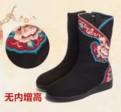冬季新款刺绣花鞋短靴女靴子民族风流苏复古平底绣花靴棉靴子包邮