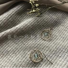 「杀死一只知更鸟」回馈款 小巧精致金色编织青色琉璃珠耳环耳夹