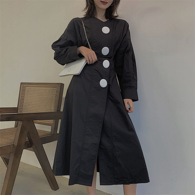 BOCCALOOK定制 磨砂大圆扣小V领收腰显瘦小黑裙衬衫连衣裙女春季