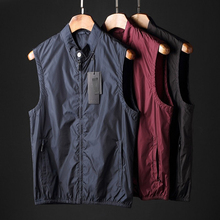 Spring new men's armor smooth breathable fabric men's collar slim waistcoat recreational shoulder