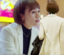 我的前半生新款西装领唐晶袁泉同款春秋中长款白色韩版小西装女潮