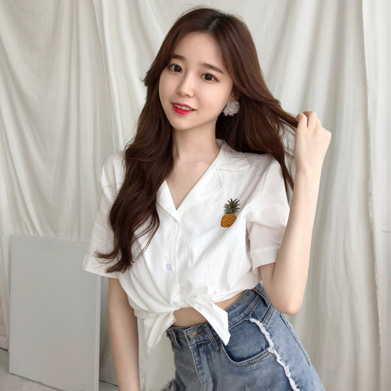 summer new Korean version of the chic wild thin solid pineapple printed short-sleeved shirt